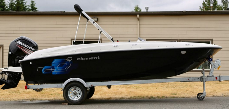 Bayliner Element XL Boat